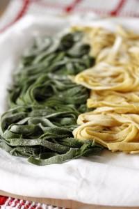 paglia e fieno con spinaci